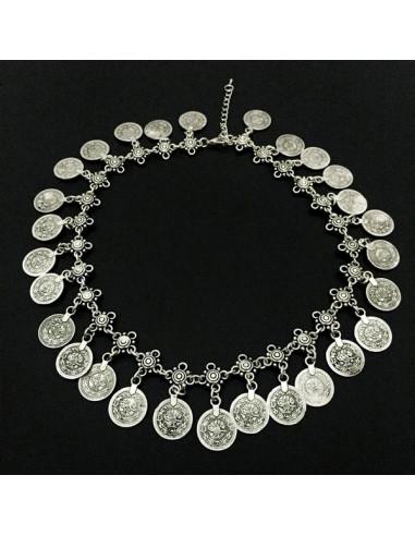 Colier vintage lung, cu flori metalice argintii si banuti