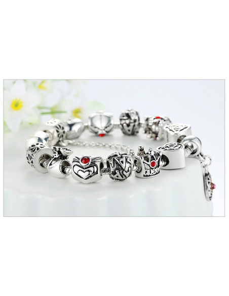 Bratara tip Pandora, Queen cu inimioare, floare si cristale rosii