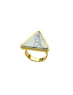 Inel elegant cu piatra alba triunghiulara