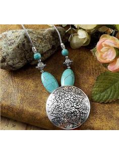 Lant argintiu cu medalion rotund, model floral si howlit turcoaz