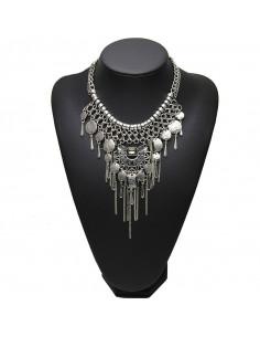 Colier indian medalion cu cristale negre, banuti si lantisoare