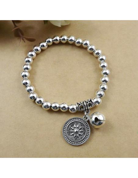 Bratara etnica, din bilute argintii, cu medalion banut cu soare