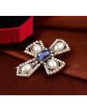 Colier choker elegant din catifea neagra, cu cruce mare cu perle