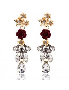 Cercei statement eleganti, cu cristale albe si trandafir rosu