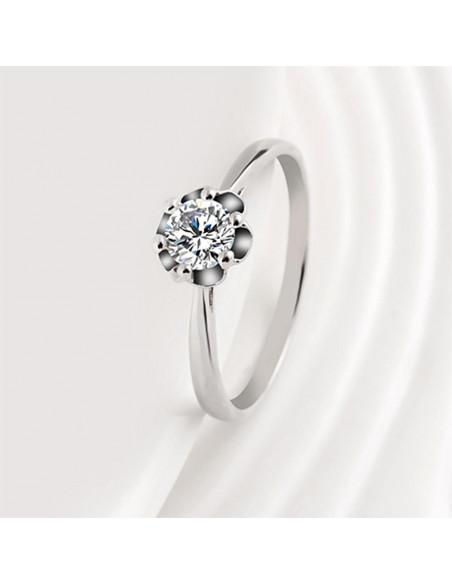 Inel de logodna delicat, cu cristal rotund stralucitor