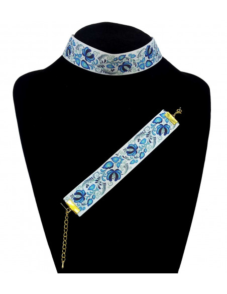 Set colier choker si bratara colorate, model flori albastre