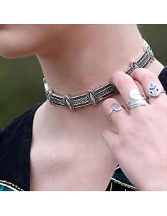 Colier choker etnic, din segmente dreptunghiulare si ovale argintii