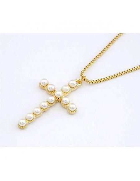 Lantisor cu medalion cruce decorata cu perle albe