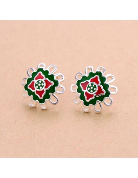 Cercei placati cu argint, flori cu decor verde si rosu din email