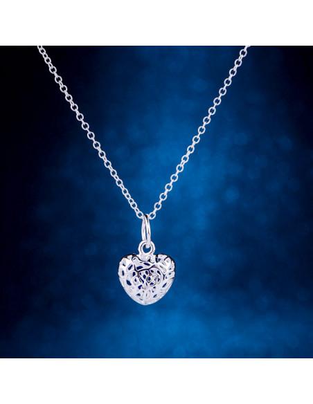 Pandantiv inimioara rotunda filigranata, cu lantisor, placat cu argint