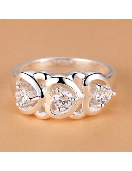 Inel placat cu argint, trei inimi cu cristale albe de zirconie cubica