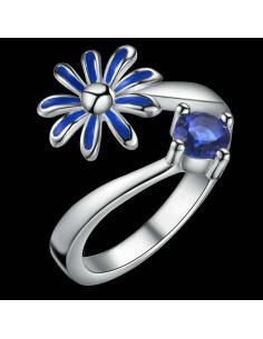 Inel placat cu argint, floare cu petale vopsite si cristal zirconie