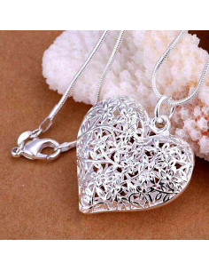 Pandantiv placat cu argint, inima mare cu flori filigranate si lantisor