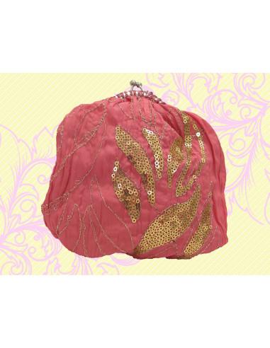 Gentuta pentru maruntis din tafta roz, brodata cu auriu
