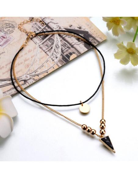 Choker din snur negru si lantisor auriu, cu banut si triunghi cu bilute