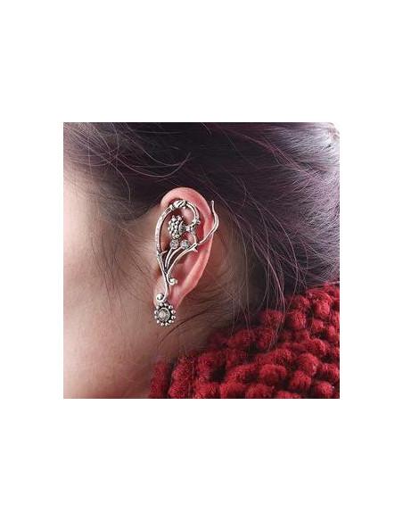 Cercel tip ear cuff, model cu flori si cristale, cu prindere dubla