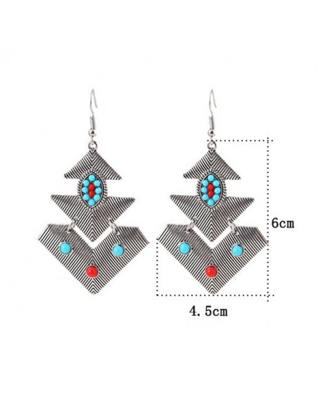 Cercei etnici, triunghiuri articulate cu striatii si margelute