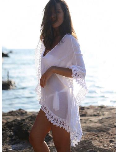 Bluza alba larga de plaja, cu dantela lata pe margini
