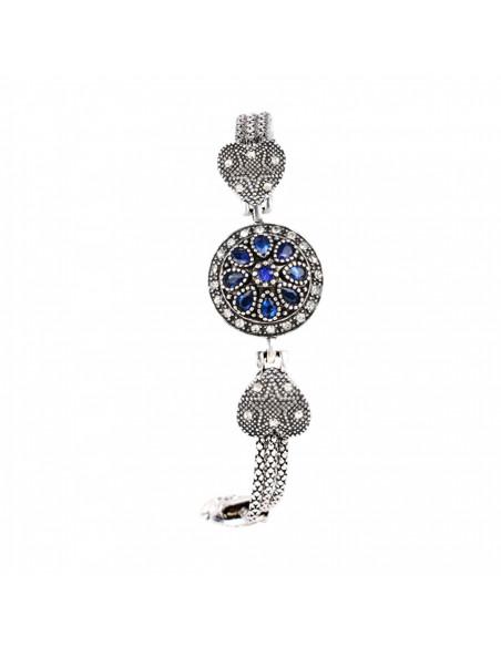 Bratara cu inimioare si stelute, medalion rotund cu cristale albastre