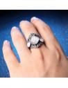 Inel elegant argintiu patinat cu margele albe semitransparente si hematite