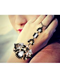 Bratara statement cu inel, cristale mari negre, albe si galbene