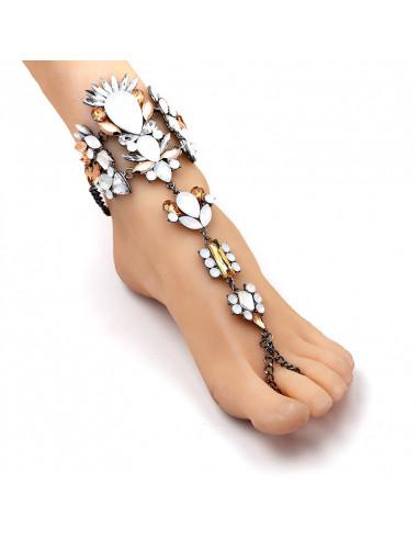 Bratara de picior cu inel, cristale mari albe, crem si galbene