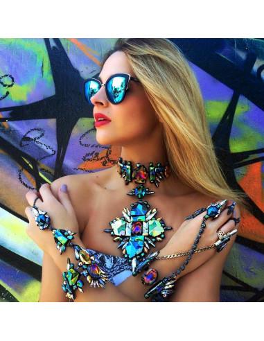 Colier luxury din cristale multicolore, cu medalion romboidal
