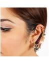 Cercel tip ear cuff, model cu lantisor si sapte cruciulite mici, prindere pe ureche