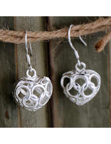 Cercei placati cu argint, inimioare bombate cu cercuri intersectate