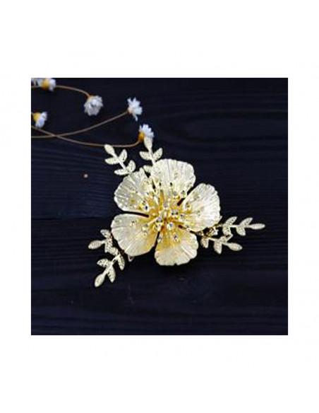 Agrafa pentru par aurie, model cu floare mare si frunzulite