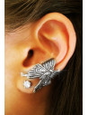 Cercel tip ear cuff, model cu fluturas micut argintiu patinat, prindere pe ureche