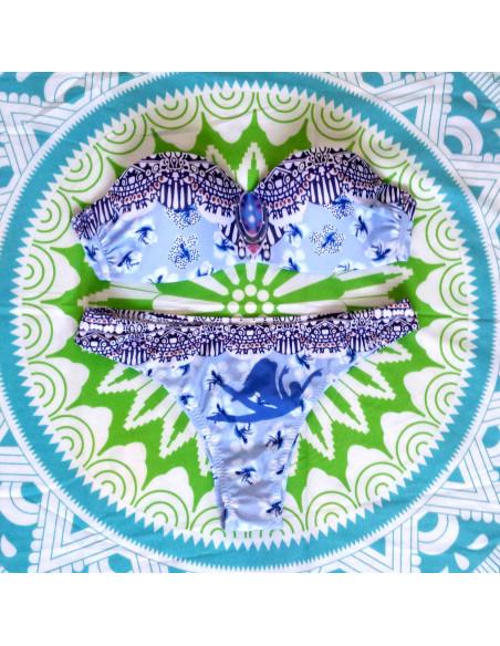 Costum de baie gypsy, bleu cu flori de hibiscus si cupe intarite