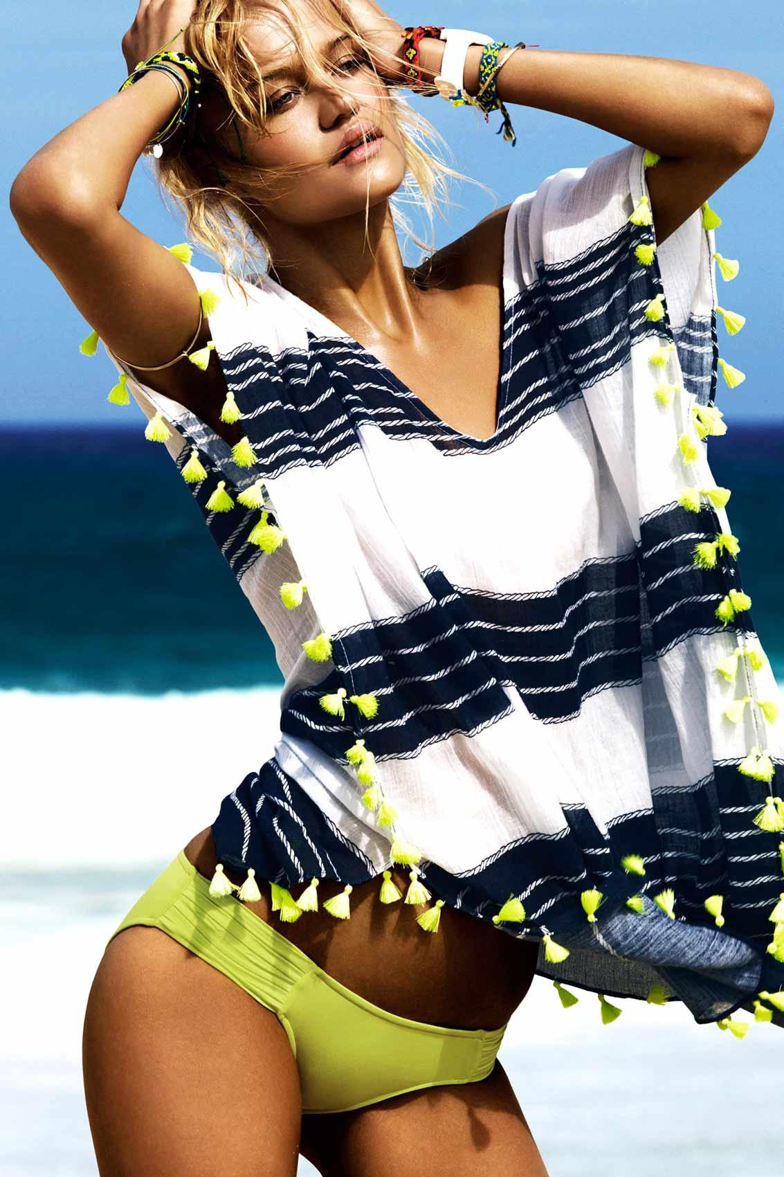 Poncho de plaja, dungi albe si albastre, cu ciucuri verde neon