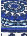 Cearceaf de plaja cu model bogat etnic cu flori in nuante de albastru