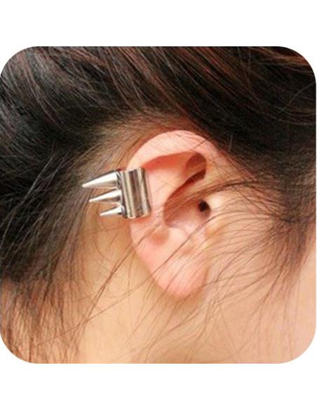 Cercel ear cuff, model argintiu, tub cu 3 tepi, prindere pe ureche