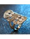 Inel vintage lung, model auriu impletit, cu cristale albe