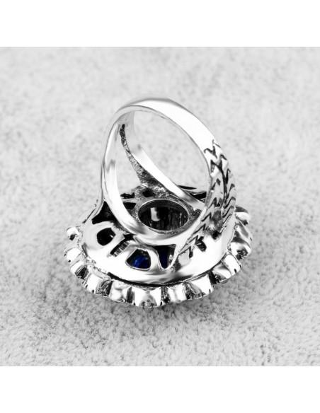 Inel vintage elegant, lacrima argintie cu cristale stralucitoare