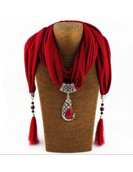 Esarfa de dama cu canafi si medalion cu paun si cristale colorate