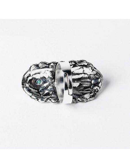 Inel mare gypsy argintiu cu trei pietre turcoaz, model etnic