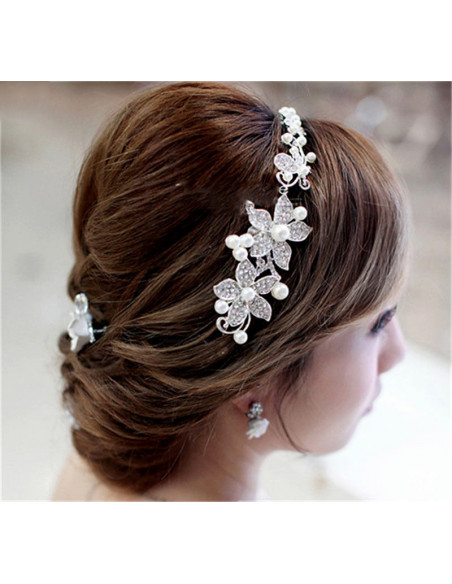 Bentita de par Apple Blossom, flori cu cristale si perle mari albe