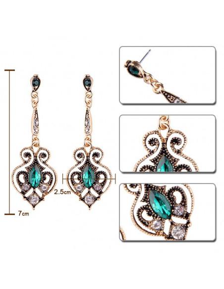 Cercei vintage, Emerald of Kasbah, cristal mare verde si rotunde albe