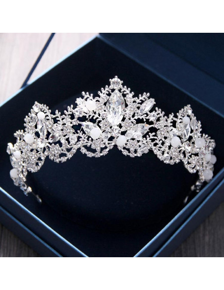 Tiara eleganta Spring Holiday, cu frunze, flori si cristale mari fatetate