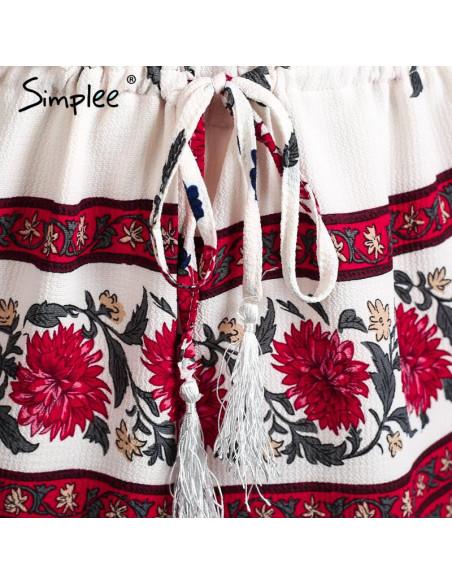 Salopeta de vara, alba cu flori rosii, cu pantaloni scurti