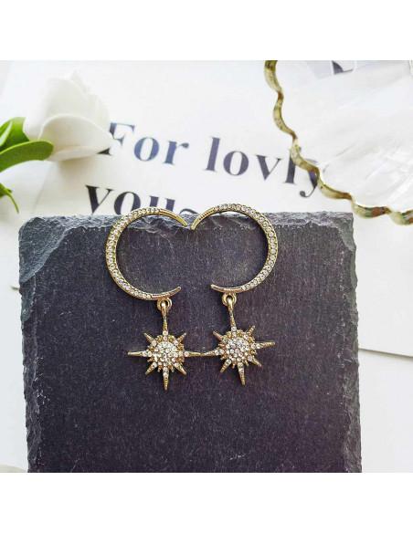Cercei luxury cu semiluna si stea, decorate cu cristale mici albe