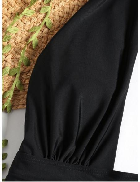 Costum de baie intreg, cusatura dubla in talie si legat dupa gat