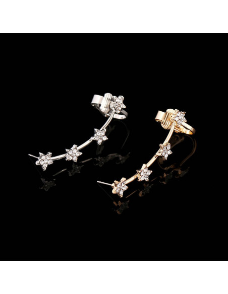 Cercel ear cuff subtire, fir cu patru stelute mici si cristale albe
