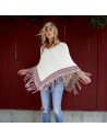 Poncho tricotat, alb cu model grecesc visiniu si franjuri lungi