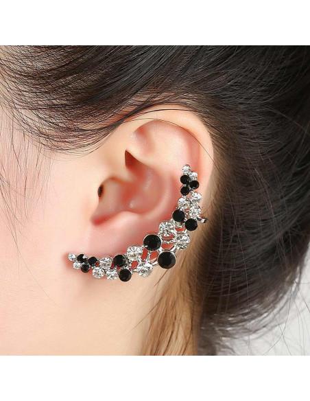 Cercel ear cuff semiluna cu doua randuri de cristale albe si negre alternate