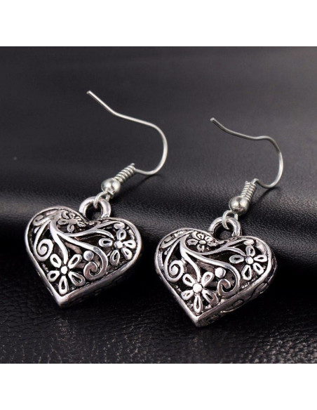 Cercei argintii boho chic, model Silver Heart, cu flori