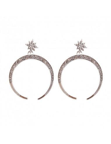 Cercei eleganti cu steluta si semiluna decorata cu cristale albe